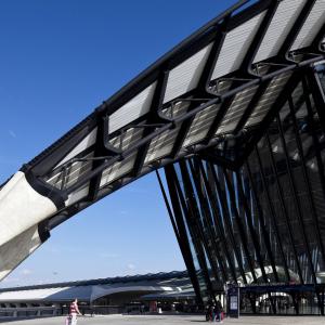 Gare SNCF Saint-Exupéry © www.b-rob.com